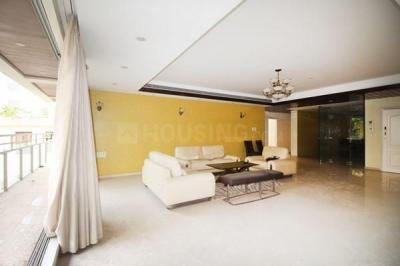 Gallery Cover Image of 3510 Sq.ft 4 BHK Apartment for rent in Bandra West for 450000