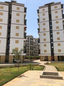 Gallery Cover Image of 798 Sq.ft 2 BHK Apartment for rent in Badlapur West for 6000