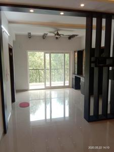 Gallery Cover Image of 920 Sq.ft 2 BHK Apartment for buy in Shabari SS South Crest, Bommasandra for 3700000