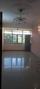 Gallery Cover Image of 750 Sq.ft 3 BHK Apartment for rent in Amar Jyoti Kunj, Mayur Vihar Phase 1 for 32000