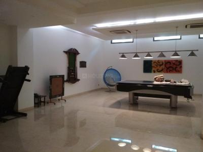 Gallery Cover Image of 8000 Sq.ft 5 BHK Independent House for rent in New Friends Colony for 425000