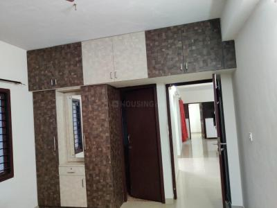 Gallery Cover Image of 1579 Sq.ft 3 BHK Apartment for rent in Medavakkam for 33000