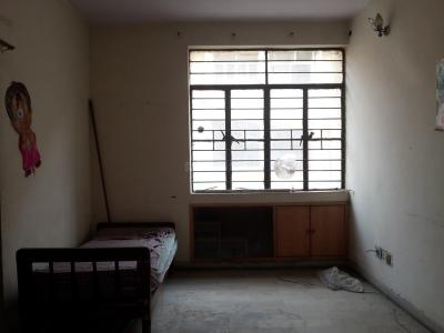 Gallery Cover Image of 850 Sq.ft 2 BHK Apartment for rent in Gyan Khand for 13000
