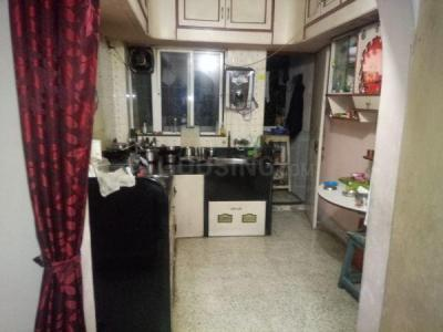 Gallery Cover Image of 600 Sq.ft 1 BHK Apartment for rent in Somwar Peth for 17000