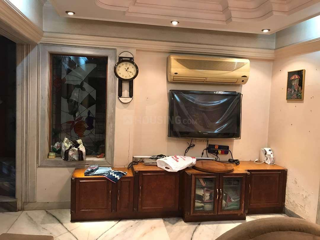 Living Room Image of 1000 Sq.ft 2 BHK Independent House for rent in Chembur for 42000