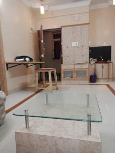 Gallery Cover Image of 900 Sq.ft 2 BHK Apartment for rent in Shanti Nagar for 35000