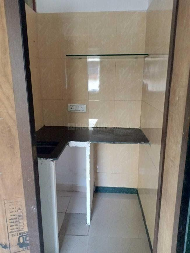 Kitchen Image of 300 Sq.ft 1 RK Apartment for rent in Bandra West for 27000