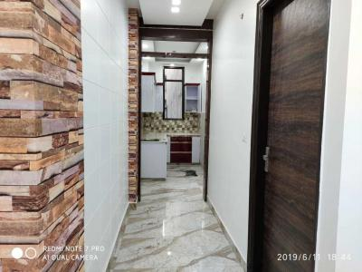 Gallery Cover Image of 675 Sq.ft 2 BHK Apartment for buy in Dwarka Mor for 3800000
