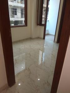 Gallery Cover Image of 900 Sq.ft 2 BHK Independent Floor for buy in Niti Khand for 3890000