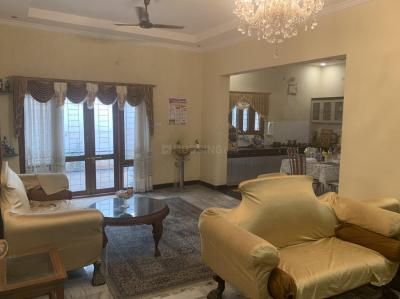 Gallery Cover Image of 3500 Sq.ft 5 BHK Independent House for buy in Karkhana for 30000000