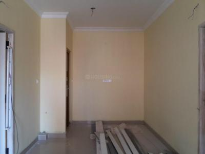 Gallery Cover Image of 730 Sq.ft 2 BHK Apartment for rent in Nanmangalam for 12000