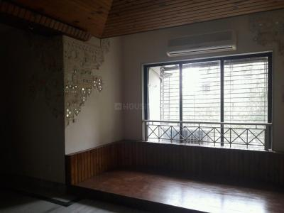 Gallery Cover Image of 900 Sq.ft 2 BHK Apartment for buy in Kandivali West for 22000000