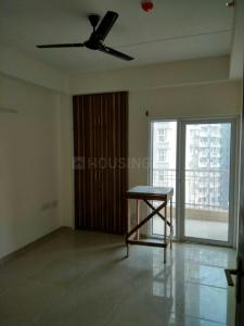 Gallery Cover Image of 1060 Sq.ft 2 BHK Apartment for rent in  Panchtatva Phase 1, Noida Extension for 10000