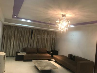 Gallery Cover Image of 3000 Sq.ft 4 BHK Apartment for buy in Santacruz West for 110000000