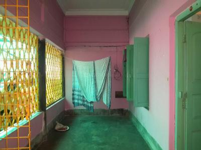 Gallery Cover Image of 850 Sq.ft 2 BHK Independent House for rent in Keshtopur for 10000