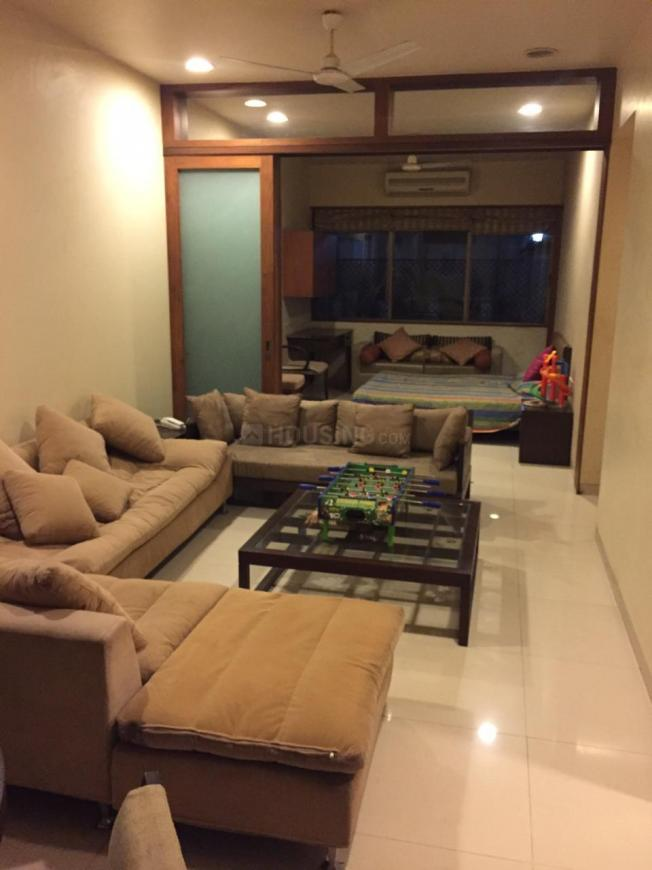 Living Room Image of 1650 Sq.ft 3 BHK Apartment for rent in Churchgate for 181000