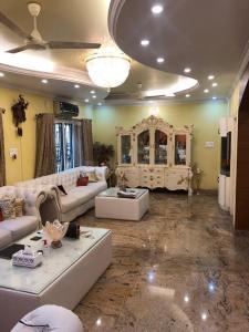राजाजीनगर  में 63000000  खरीदें  के लिए 3367 Sq.ft 6 BHK विला के गैलरी कवर  की तस्वीर