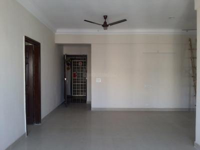 Gallery Cover Image of 1685 Sq.ft 3 BHK Apartment for rent in Sector 137 for 12000