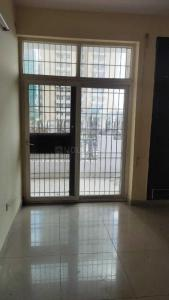 Gallery Cover Image of 1050 Sq.ft 2 BHK Apartment for rent in Avj Heightss, Zeta I Greater Noida for 8000
