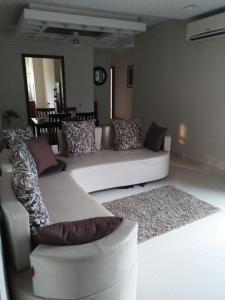 Gallery Cover Image of 1115 Sq.ft 3 BHK Apartment for buy in Rajpur for 5000000