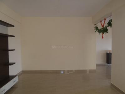 Gallery Cover Image of 1600 Sq.ft 3 BHK Apartment for rent in Sathnur Village for 18000