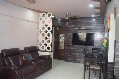Gallery Cover Image of 750 Sq.ft 2 BHK Apartment for buy in Dahisar West for 11000000