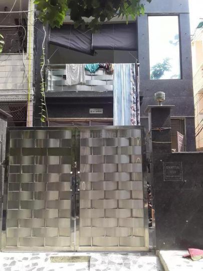 Building Image of Naveen PG in Subhash Nagar