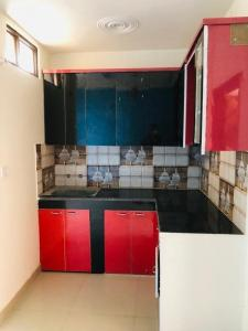 Gallery Cover Image of 750 Sq.ft 2 BHK Apartment for buy in KM Apartments, DLF Ankur Vihar for 1550000