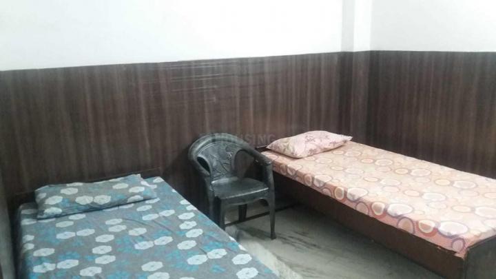 Bedroom Image of Naveen PG in Sector 32