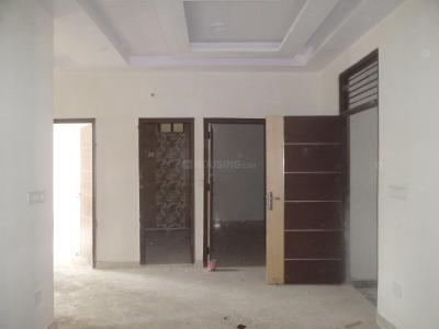 Gallery Cover Image of 675 Sq.ft 3 BHK Apartment for rent in Matiala for 15000