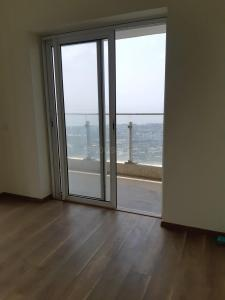 Gallery Cover Image of 2400 Sq.ft 3 BHK Apartment for buy in Parel for 65000000