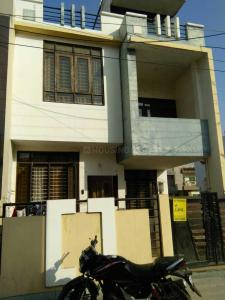 Gallery Cover Image of 2000 Sq.ft 3 BHK Independent House for buy in Mahalakshmi Nagar for 6500000