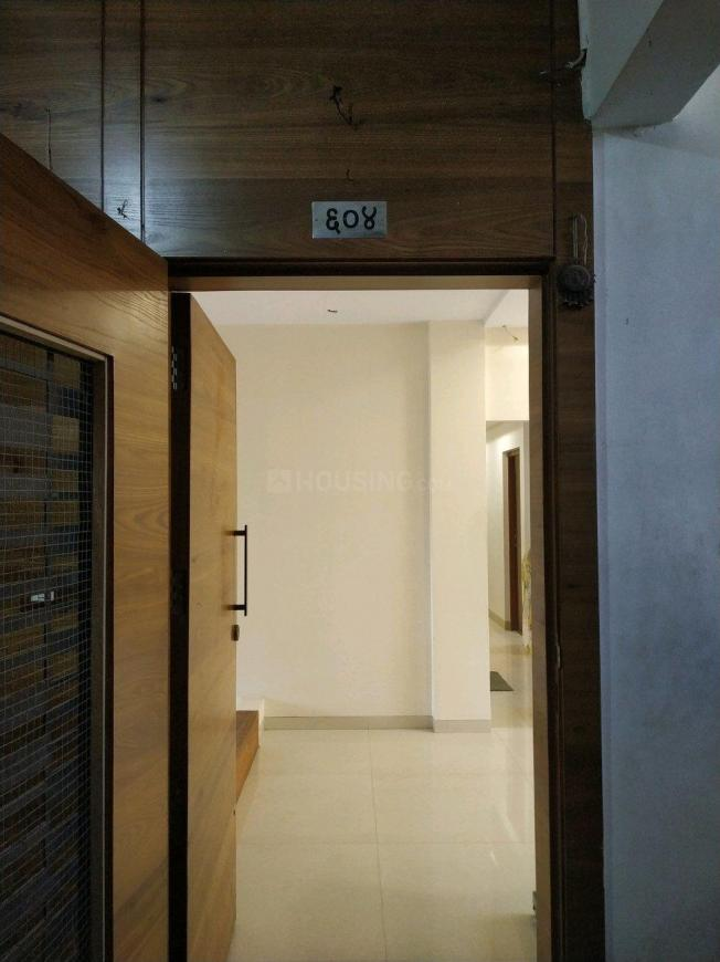 Main Entrance Image of 811 Sq.ft 2 BHK Apartment for buy in Sion for 16000000