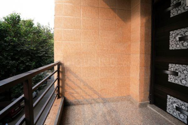 Balcony Image of Oyo Life Ol_del2537 in Sector 7 Rohini