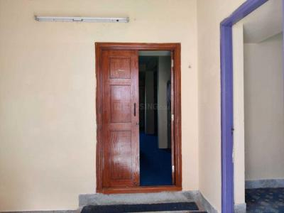Gallery Cover Image of 1036 Sq.ft 3 BHK Independent Floor for rent in Palavakkam for 18000