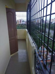 Gallery Cover Image of 800 Sq.ft 2 BHK Apartment for rent in Surappattu for 9000