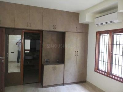 Gallery Cover Image of 2200 Sq.ft 3 BHK Apartment for buy in Raja Annamalai Puram for 35000000