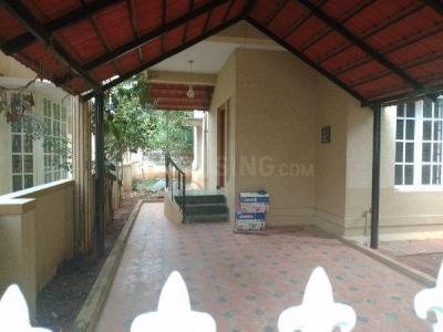 Gallery Cover Image of 3500 Sq.ft 4 BHK Villa for rent in Ferns Rainbow Drive, Halanayakanahalli for 50000