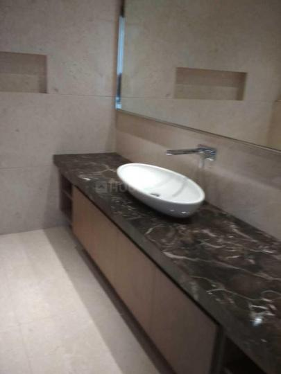 Bathroom Image of 8300 Sq.ft 5 BHK Apartment for rent in Ashok Nagar for 900000