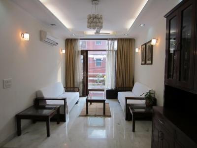 Gallery Cover Image of 1400 Sq.ft 3 BHK Independent Floor for rent in Nizamuddin East for 100000