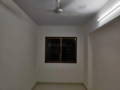 Gallery Cover Image of 800 Sq.ft 3 BHK Apartment for rent in Andheri West for 68000
