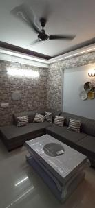 Gallery Cover Image of 495 Sq.ft 1 RK Apartment for buy in Logix Blossom Zest, Sector 143 for 2300000