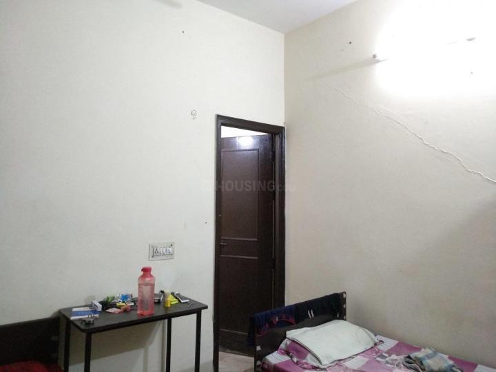 घिटोरनि में सरताज पीजी में बेडरूम की तस्वीर