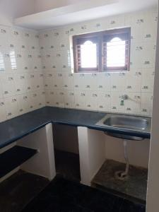 Gallery Cover Image of 8000 Sq.ft 2 BHK Independent Floor for rent in Yelahanka Satellite Town for 8000