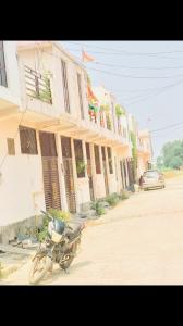 Gallery Cover Image of 700 Sq.ft 2 BHK Villa for buy in Noida Extension for 2209999