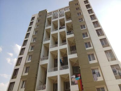 Gallery Cover Image of 844 Sq.ft 2 BHK Apartment for buy in Majestic Empire, Fursungi for 3600000