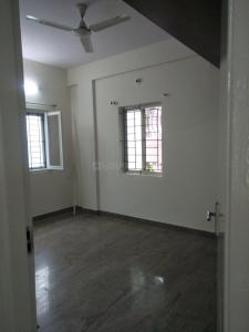 Gallery Cover Image of 1700 Sq.ft 3 BHK Apartment for rent in Cox Town for 30000