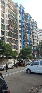 Gallery Cover Image of 669 Sq.ft 1 BHK Apartment for rent in Kandivali East for 20000