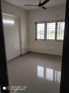 Gallery Cover Image of 1700 Sq.ft 3 BHK Apartment for rent in Kelambakkam for 19000