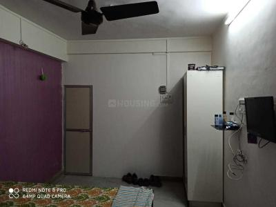 Gallery Cover Image of 850 Sq.ft 2 BHK Apartment for rent in Andheri East for 12800